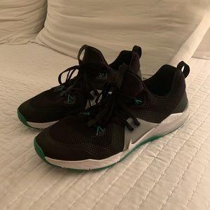 Men's Nike sz 11.5